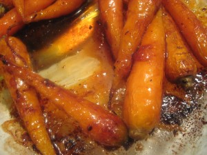 Roasted Carrots with Cayenne-Apricot Glaze